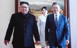 [속보] 文·金 둘만의 비핵화 담판 종료…곧 공동회견