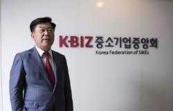 """[단독] 평양 갔다 돌아온 중기회장 """"개성공단 재가동 기대"""""""