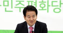"""정동영 """"만찬서 南<!HS>송영무<!HE>·北노광철 러브샷…보기드문 장면"""""""