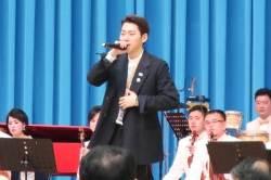 """지코, 김정은 앞 힙합 공연···'푸처핸섭' 대신 """"손 위로""""···반응은"""