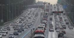 전국 고속도로 정체 풀려…추석 새벽부터 '귀경 전쟁'