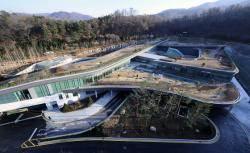 서울서 천안까지 원정화장…턱없이 부족한 화장시설