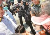지진 10분 전 통화한 아들이 … 인도네시아 교민 숨진 채 발견