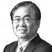 [이하경 칼럼]김정은 위원장! '태극기 부대' 만만치 않습니다