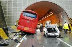 단풍놀이 전세버스 <!HS>안전<!HE> 주의보…평소보다 교통사고 20% 늘어