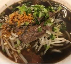 태국 길거리서 먹던 쌀국수·똠얌꿍·카오카무, 서울서 맛보려면