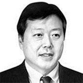 [김현기의 <!HS>시시각각<!HE>] 95세 키신저에 비행기를 태운 중국