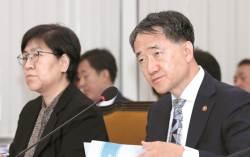 '국민연금 소득대체율 50%, 보험료 9→13%' 유력 검토