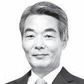[<!HS>시론<!HE>] 한국 주식시장의 나홀로 '소외현상'