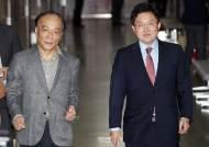 """전원책 """"전대 2월? 죽는게 낫다""""···김병준과 정면충돌"""