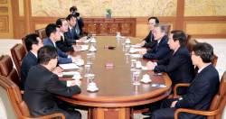 """김관영, 文에 노란봉투 충언···""""홍남기·김수현 돌려막기 마시라"""""""