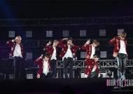 [박스오피스IS] 극장가도 BTS 열풍..할리우드 영화 제치고 예매율 1위