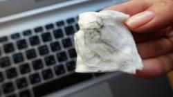 [한 끗 리빙] 노트북 세균은 변기 수준…노트북, 이젠 청소할 때도 됐다