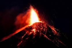 [<!HS>서소문사진관<!HE>]올해 5번째 분화한 과테말라 푸에고 화산<!HS>,<!HE> 주민 3000명 대피해