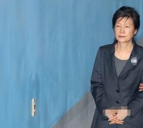 '<!HS>새누리당<!HE> 공천개입' 박근혜 오늘 2심 선고…총 징역 33년, 형량 바뀌나?