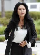 """형님 강제입원, 조폭, 김부선, 혜경궁 의혹 … 이 지사는 """"모두 사실 아니다"""""""