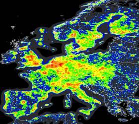 너무 눈부신 지구의 밤…사람도 자연도 건강을 잃는다