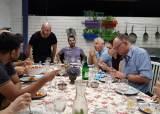 식탁 둘러앉은 12개국 손님…이스라엘판 '한끼 줍쇼' 마법