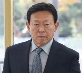 <!HS>신동빈<!HE>의 '뉴 롯데' 금융 던졌다 … 카드·손보사 매각 선언