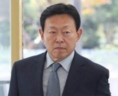 신동빈의 '뉴 롯데' 금융 던졌다 … 카드·손보사 매각 선언