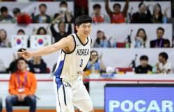 '이정현 19점' 남자농구, 요르단 꺾고 월드컵 2연속 본선행