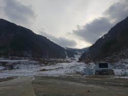 철거 vs 보존 논쟁 … '불법 시설물' 위기 처한 올림픽유산