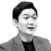 [<!HS>중앙시평<!HE>]'출산땐 3000만원 지급'…현실 된 허경영 황당공약