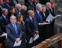 <!HS>메르켈<!HE> 총리, 찰스 왕세자…지구촌 VIP 대거출동 부시 장례식