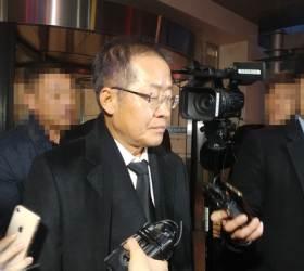 "<!HS>이재수<!HE> 빈소 찾은 홍준표 ""검찰, 사냥개 넘어 광견 같아"""