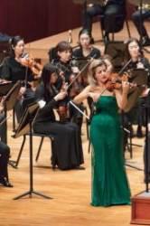 바이올린 여제 무터, 40년 농익은 활과 현