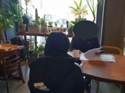 """[다문화 자녀 왕따] """"옷 벗어"""" 몸에 매직 낙서…18세 다문화 소녀, 이렇게 당했다"""