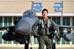 공군 올해의 '탑건'에 F-15K 조종사 이재수 소령…1000점 만점