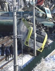 [사진] 터키 고속열차 충돌 9명 숨져