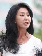 김부선, 이재명 고소 취하…여배우 스캔들 마무리되나