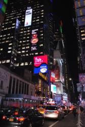 뉴욕 타임스스퀘어에 <!HS>평양<!HE>냉면집 '능라도' 광고