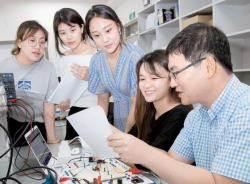 [산업연계 교육활성화 선도대학] 공학+인문사회학 융복합적 교육 통해 4차 산업혁명 이끌 여성공학 리더 배출