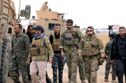 """""""푸틴·알아사드에 중동 줘""""···시리아 철군, 동맹국 경악"""