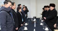"""[단독]달라진 '냉면막말' 이선권···김현미 본뒤 """"털모자 벗자"""""""