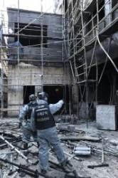 5층 이하 건물 감싸는 스티로폼…화재 키우는 허술한 법망