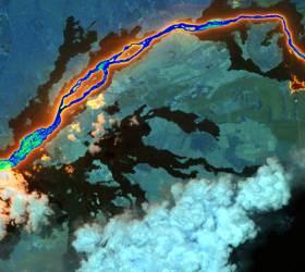 분출하는 용암, <!HS>쓰나미<!HE> 덮친 해변…우주에서 본 2018 지구 풍경