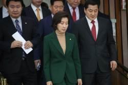 """[포토사오정]나경원 '민간인 사찰 규명, VS 이해찬 '경제 살리기"""""""
