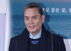 하용수 사단에는 김건모, 이은미, 박진영, 송일국도 있었다