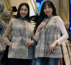콧대높은 백화점 '떨이 세일', 99만원 밍크 재킷 내놨다