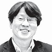 [시론] '규제 강국'에서 벤처 창업 활성화는 불가능하다