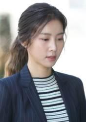 """<!HS>김정민<!HE> 부친상 """"15년간 연락 안해…아버지 장례 오늘 알았다"""""""