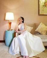 남편과 입국한 클라라…잠실 시그니엘서 신혼 생활 시작