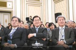 """""""김태우 자기 행위로 시비…신재민, 정책결정 과정 이해 부족"""""""