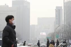 한국은 초미세먼지로 몸살인데 일본은 '청정'…왜?