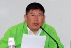"""송영길에 이어 김경진 의원도 """"송 지지… 과속 탈원전으로 인재풀 붕괴"""""""