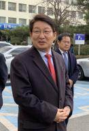 권영진 대구시장 선거법 위반 항소심 기각…당선무효형 면해